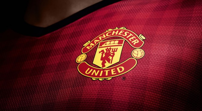 Manchester-United-Logo-Full-HD-Wallpaper